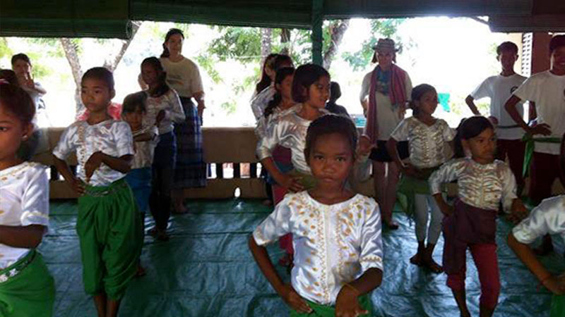 song and dance at khmer child foundation